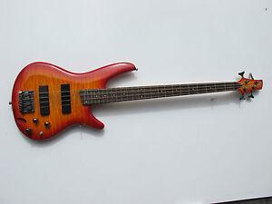 ibanez soundgear sdgr 4 string electric bass guitar red yellow ebay. Black Bedroom Furniture Sets. Home Design Ideas