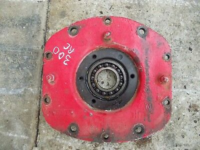 Farmall 350 300 Rowcrop Tractor Outer Ih Live Pto Housing Cover Cap Bearing