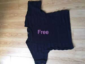 Short sleeve sweater XL free
