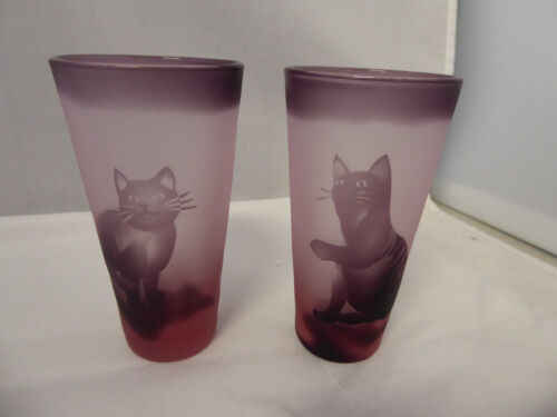 2 Unusual Vintage Etched Japanese Small Glasses with Cats