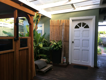 A garden room for independent parson