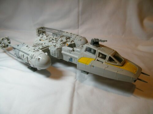 STAR WARS VINTAGE1983 Y- WING FIGHTER HAS ALL THE PARTS & STILL FUNCTIONS