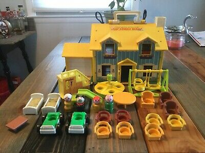 Fisher Price Play Family House Play Set 1969
