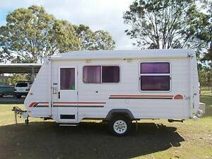 SUNLAND LONGREACH SER 2 OFF ROAD CARAVAN WITH SHOWER & TOILET Scarborough Redcliffe Area Preview