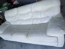 LEATHER LOUNGE 3 SEATER LEATHER LOUNGE CREAM LEATHER SOFA Naremburn Willoughby Area Preview