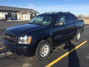 2007 Chevy Avalanche mint condition