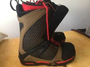 SNOWBOARD BOOTS: THIRTYTWO TM2 XLT '17 model,US 11.5 exc conditon Bicton Melville Area Preview