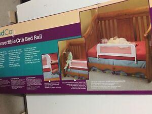 Barrière de lit pour bassinette
