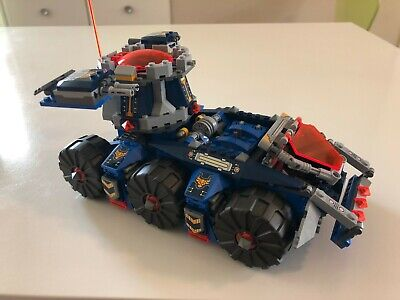 Lego NEXO KNIGHTS Axl's Tower Carrier (70322) Includes 4 Minifigures