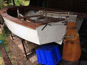 Free Heron, sailing dinghy, plus trailer Avalon Pittwater Area Preview