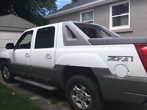 2002 Chevy Avalanche for sale!!