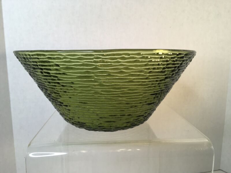 "Vintage Anchor Hocking Soreno Avacado Green 11.5"" Large Salad Chip Punch Bowl"