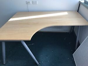 L shaped desk Chatswood Willoughby Area Preview