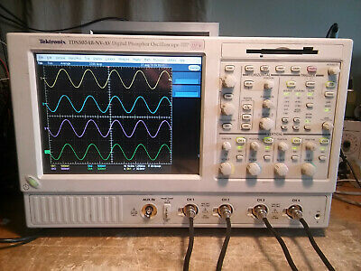 Tektronix Tds5054b 500mhz 5gss Oscilloscope With Touchscreen. Very Low Hours