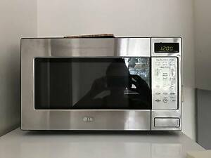 LG MICROWAVE FOR SALE Bondi Eastern Suburbs Preview