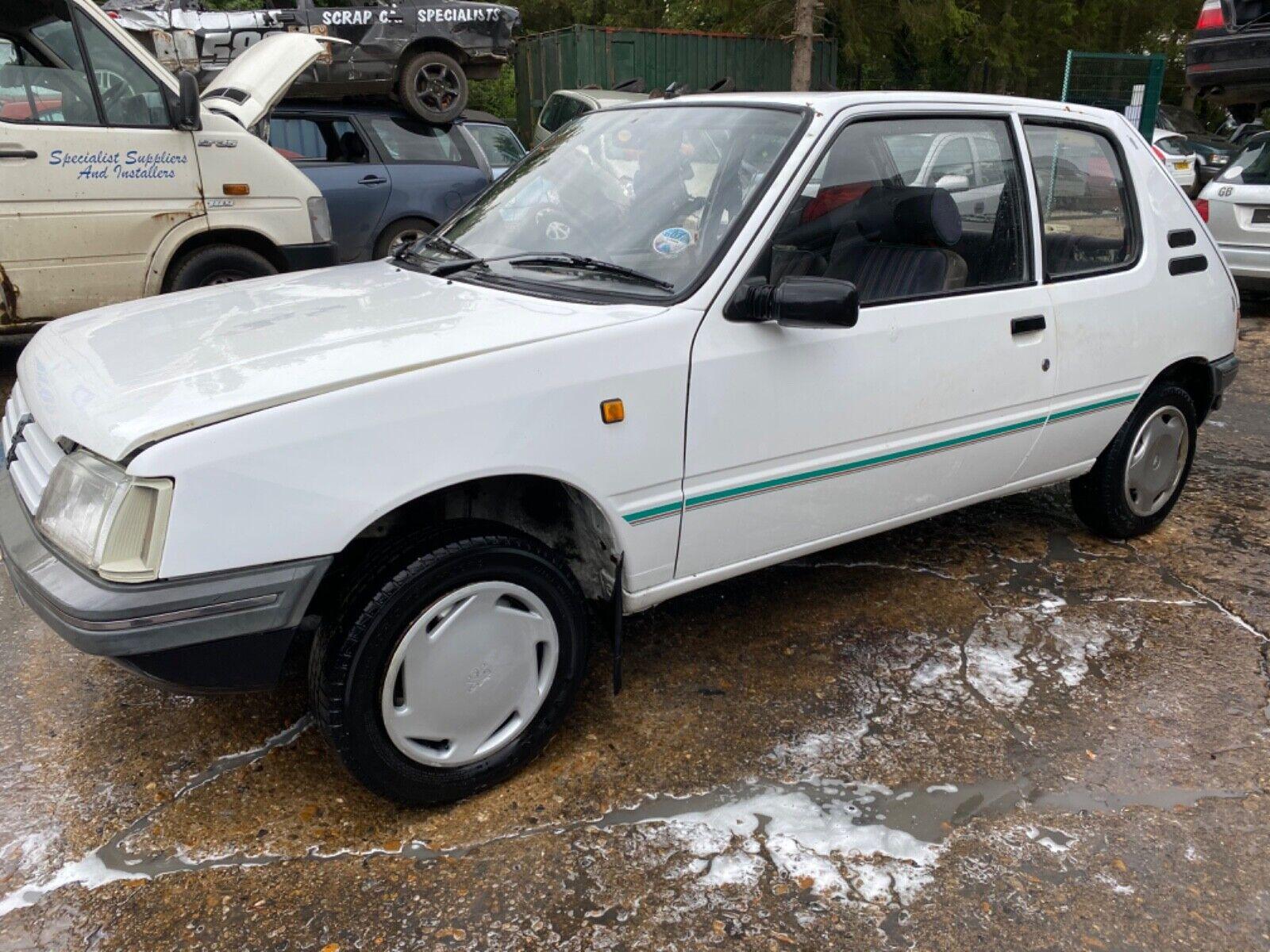 1993-PEUGEOT-205-TRIO-18-DIESEL-BARN-FIND-SPARES-REPAIR