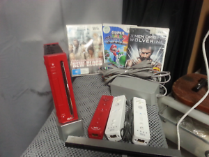 Nintendo Wii Bundle working condition Take the Lot $50