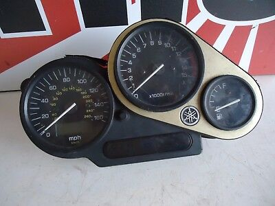 <em>YAMAHA</em> FZ600 FAZER CLOCKS  DASH  1999  FZ