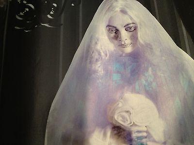New ANIMATED HAUNTED Cemetery GHOST BRIDE Talking PROP Glows Sways Grandinroad](Grandinroad Halloween)
