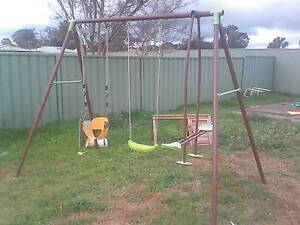 baby/toddler swing set West Tamworth Tamworth City Preview