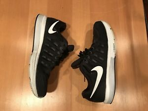 Nike Zoom vomero 11 running shoes size 12
