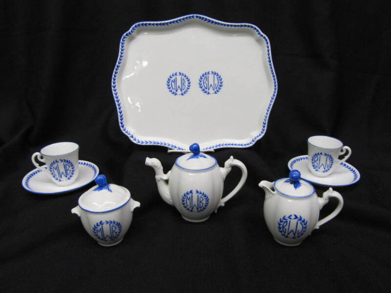 11pc Richard Ginori Villa Vanilla BLUE LAUREL Monogrammed Breakfast Set for 2