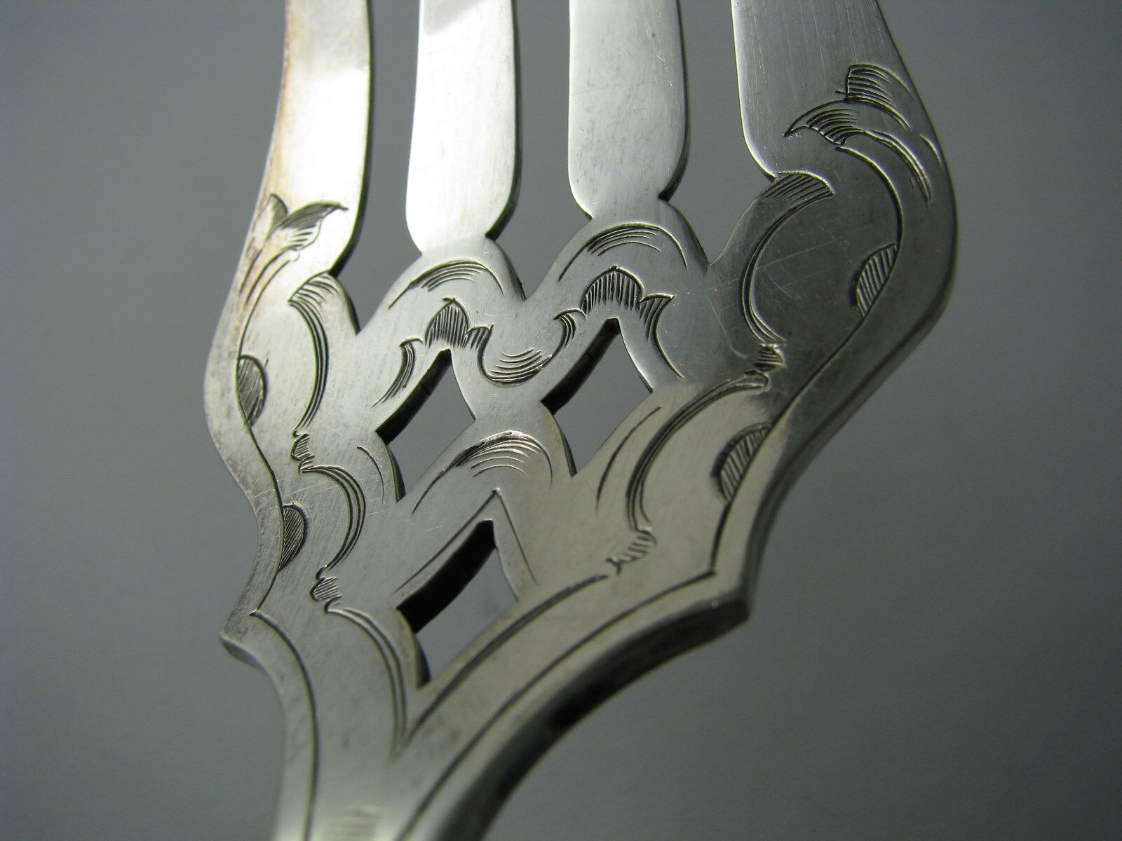 SILVER PLATED FORK FISH SERVER FIDDLE By Slack Barlow Sheffield England C1930s - $95.00