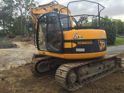 2008 MODEL, 3,409hrs, ZERO SWING 14 tonner  Yatala Gold Coast North Preview