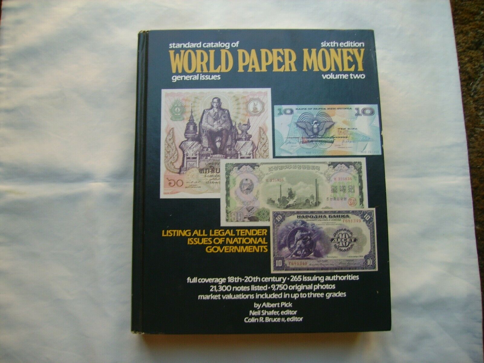 Standard Catalog Of World Paper Money 1990 Edition - $1.00