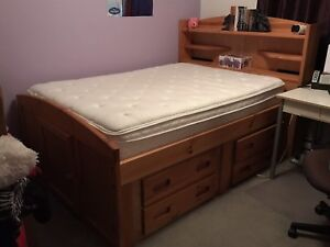 Double Size Bed Frame w Mattress (Clean, Like New)