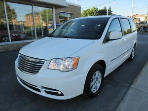 2012 Chrysler Town & Country Touring *TOIT+DVD'S