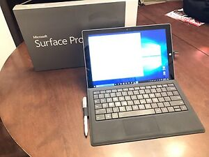 Surface 3 Pro i5 128GB storage 4GB Ram Win 10  + accessories