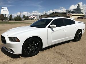 Mint 2014 RT charger