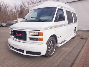 GMC Savana 6 Sitzer Bettfunktion V8 Automatik