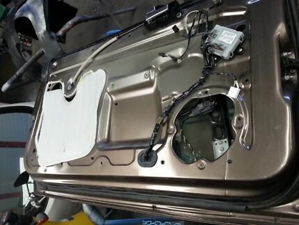 DOOR part's  for ford fouce convertible 2007