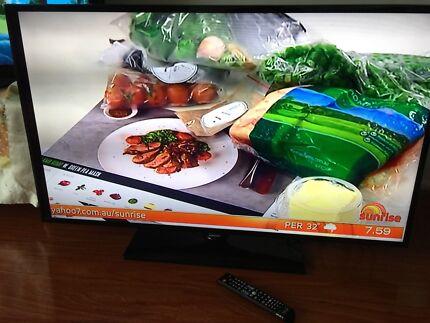 "Samsung 50""LED LCD Full HD TV UA50F5000AM Working Order"