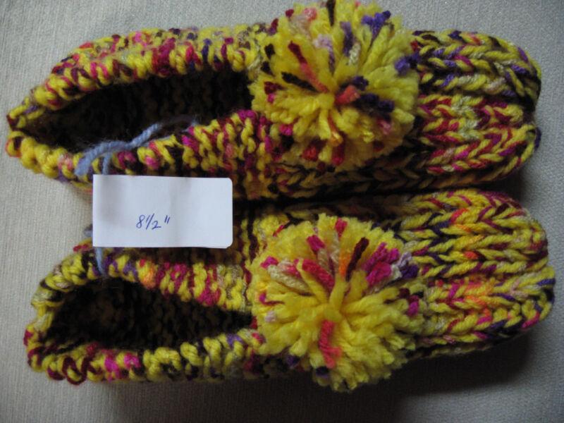 "NWOT Amish Handmade Yarn Slippers Brt Yellow Mix Wms Sm/Med Mans X Sm 8 1/2"""
