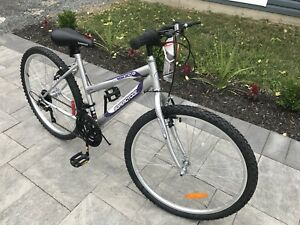 Women's Supercycle Bicycle