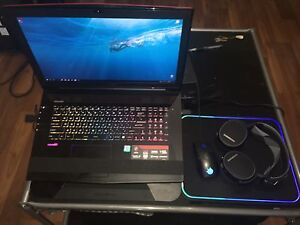 MSI Gaming Laptop + all gaming set included