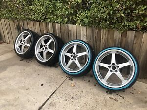 """x4 20"""" Walkingshaw Style Rims With Good Tyres"""