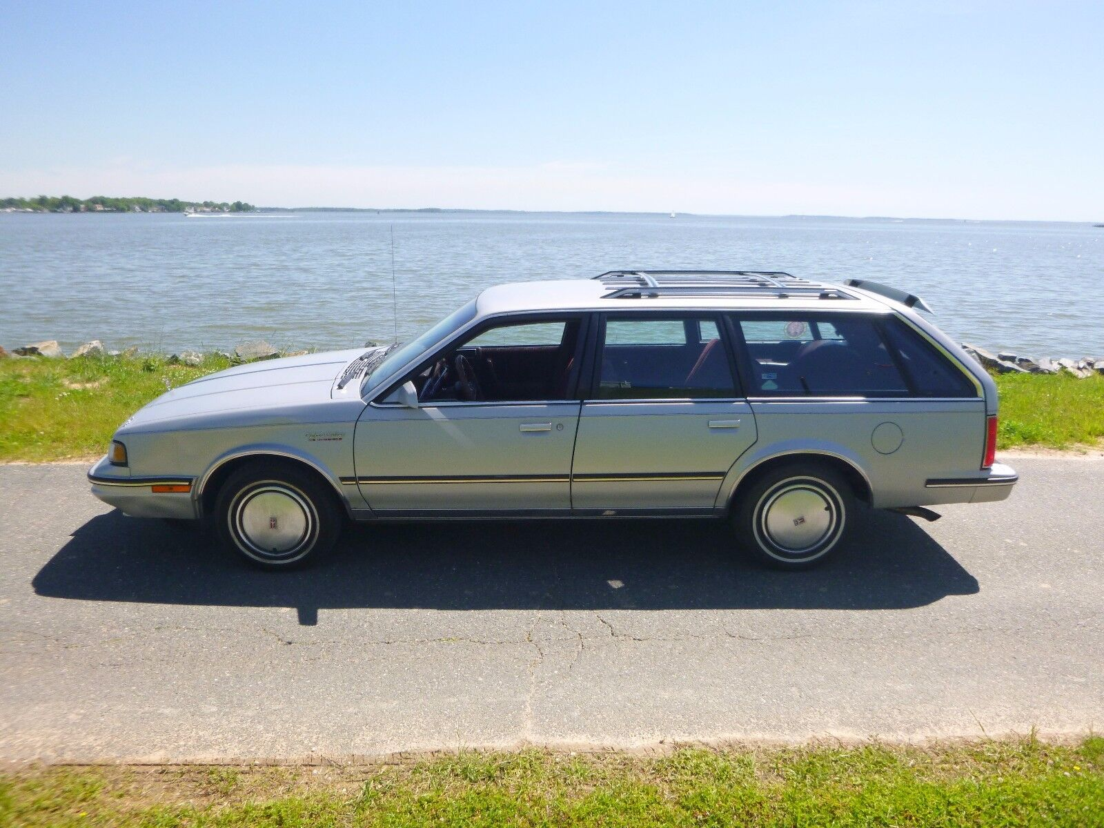 1988 olds cutlass ciera wagon one owner low miles no reserve used oldsmobile ciera for sale in. Black Bedroom Furniture Sets. Home Design Ideas