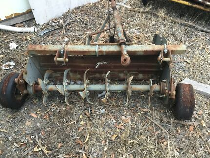 Tractor rotary hoe