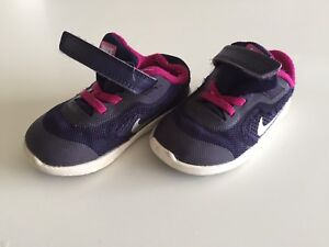 Velcro Size 7 Toddler Nike Sneakers