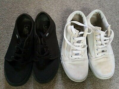 Womens black and white vans size 4 (2 pairs)