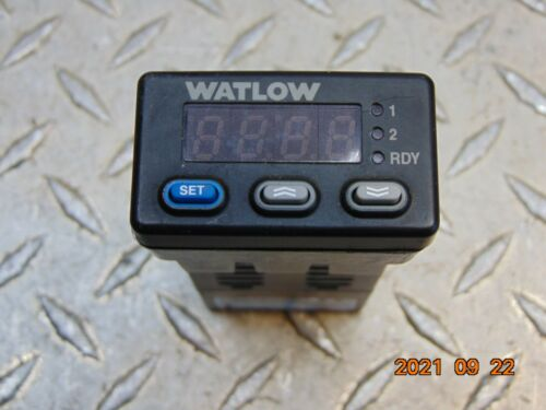 WATLOW 935A-1CC0-000R TEMPERATURE CONTROLLER *FREE SHIPPING*