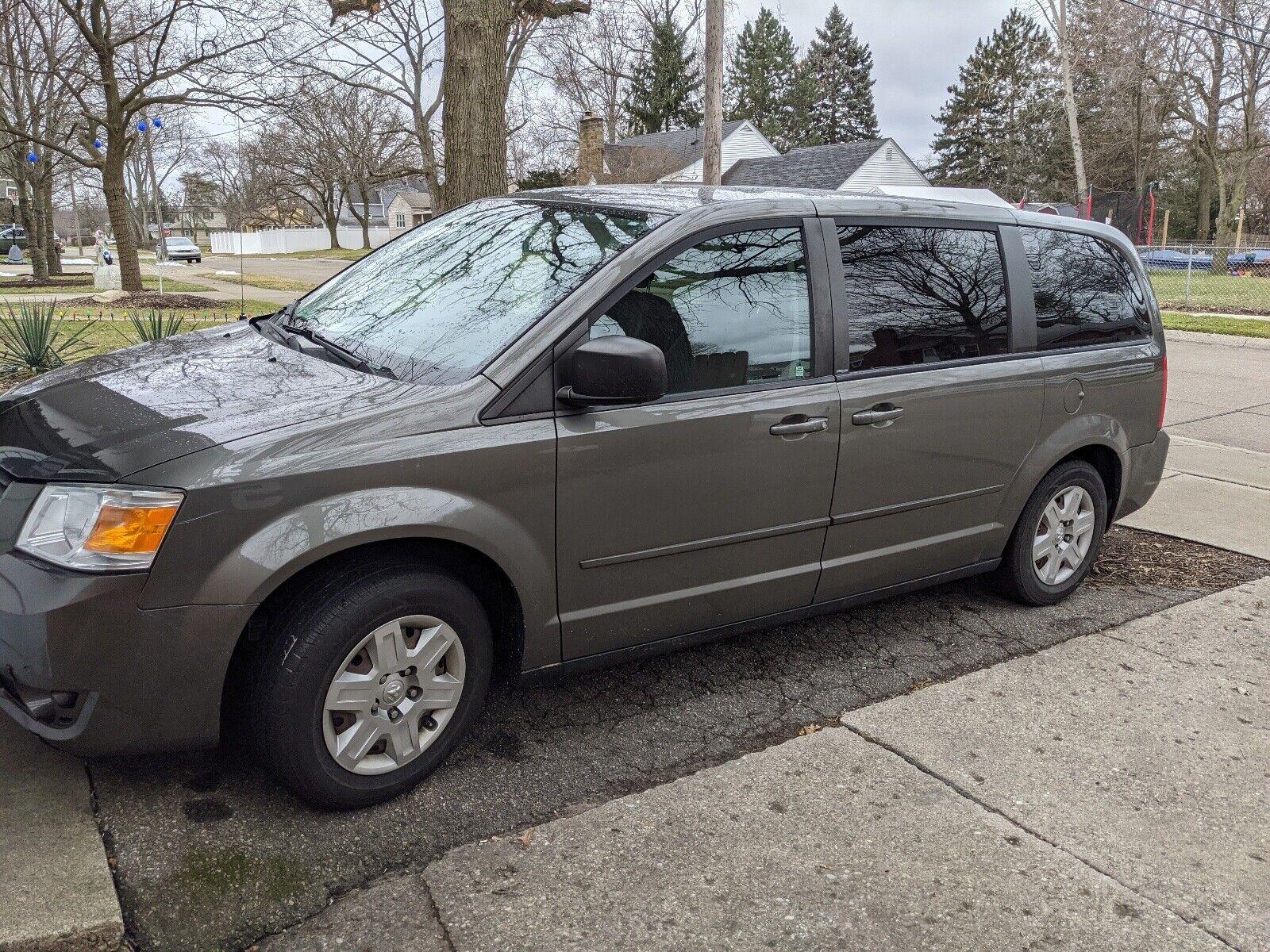 2010 Dodge Grand Caravan Van Brown FWD Automatic SE