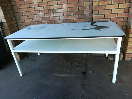 WORK CRAFT TABLE Thornlie Gosnells Area Preview