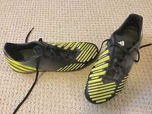 Adidas Predator Absolion Men's soccer cleats