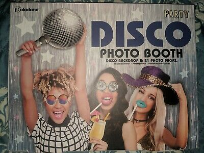 70s Backdrop (Paladone Disco Party Photo Booth 70's Kit 21 Prop Disco)