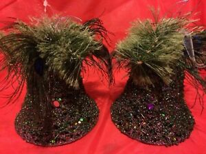 2 green cloches